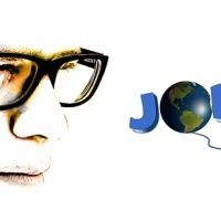 Dlaczego warto szukać pracy przez Internet?